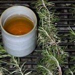 Čaj od ruzmarina lekovita svojstava, priprema za kosu, bolje pamćenje…