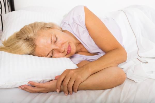 nocno znojenje kod starijih zena